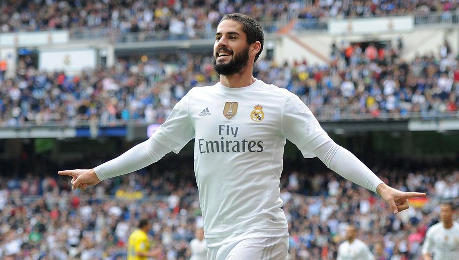 <> at Estadio Santiago Bernabeu on October 31, 2015 in Madrid, Spain.