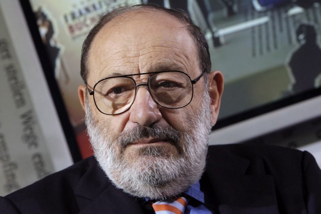 epa05171552 A picture made available on 20 February 2016 shows Italian writer Umberto Eco at the Frankfurt book fair in Frankfurt, Germany, 11 October 2007. The Italian best-selling writer and philosopher Umberto Eco, has died at his home in Italy late on 19 February 2016 according to his family.  EPA/ARNO BURGI